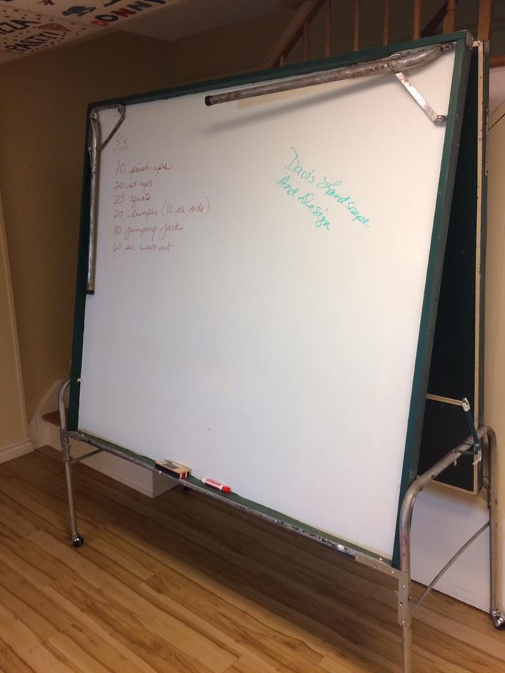 Moe's Ping Pong Design-White board